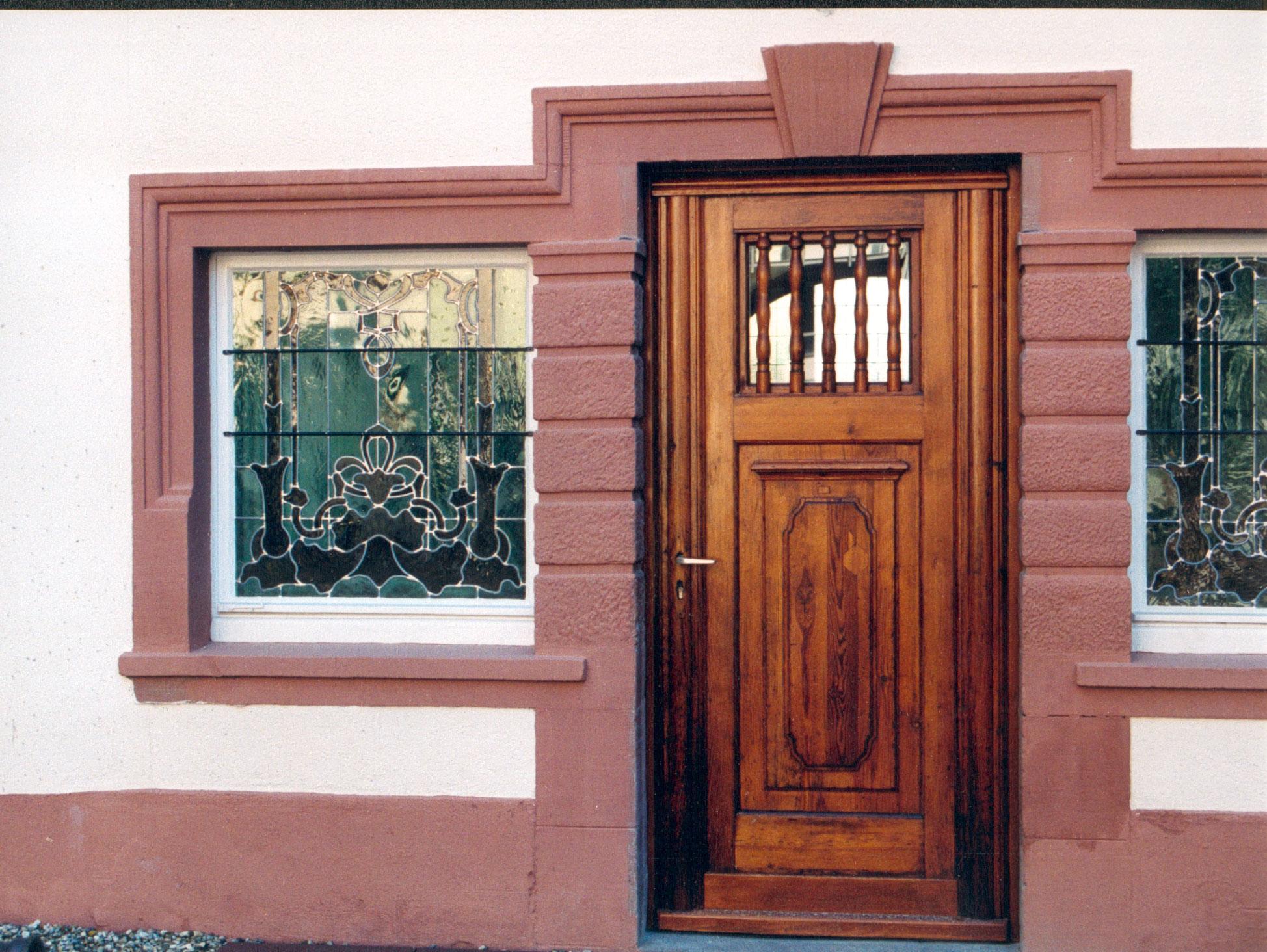Besondere Sorgfalt für Türen, Tore und Portale.
